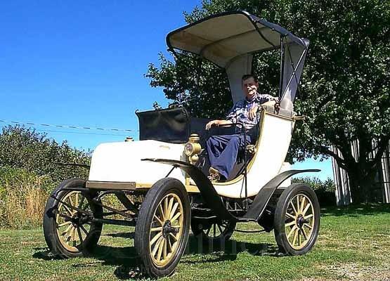 1902 Columbia Electric Car