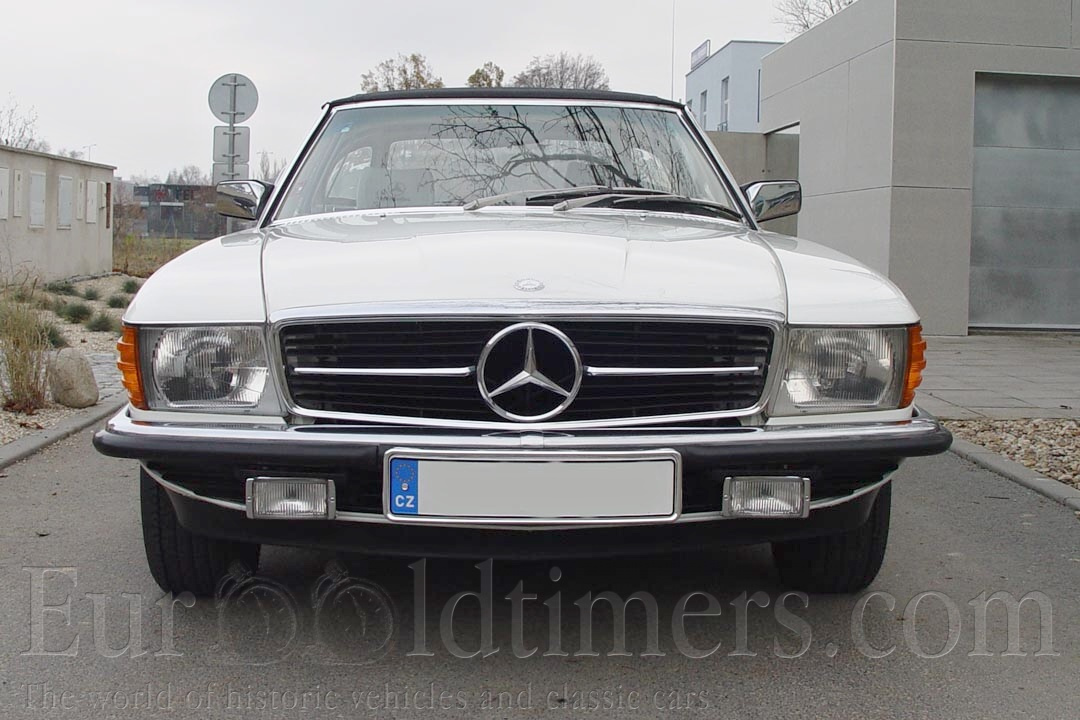 1982 mercedes benz 280 sl cabrio gallery veter ni i. Black Bedroom Furniture Sets. Home Design Ideas